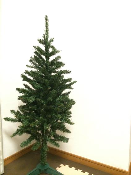 ニトリのクリスマスツリー120cm