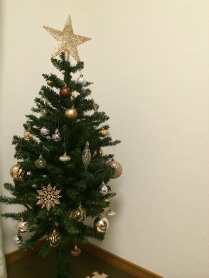 ニトリのクリスマスツリー飾り付け